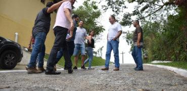 Prefeitura de Ribeirão entrega melhorias na Rua Manoel Monteiro